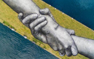Le mani di Saype