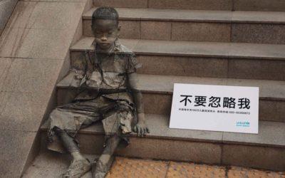 """""""Non ignorarmi"""": l'arte degli invisibili"""
